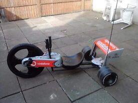 MacLean F1 3 wheel bike