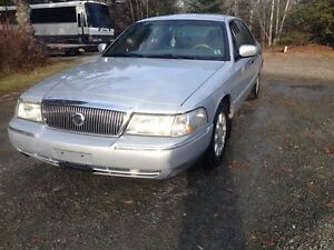 2003 Mercury Grand Marquis Ultimate Edition Sedan