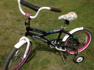 Pink Cookie bike with training wheels plus kick stand,