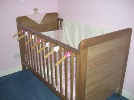 Kiddy Style cot bed