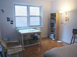 4 1/2 McGill Sublet (2 BR) for June 1st on Stanley