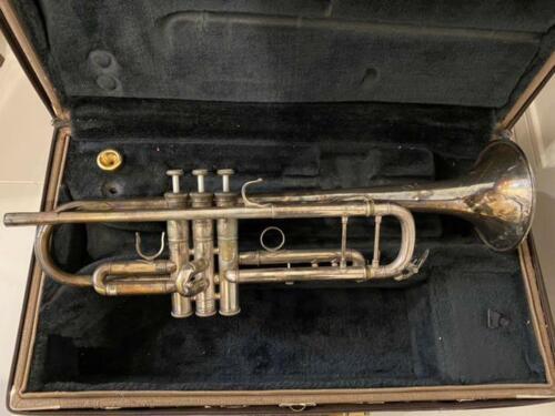 YAMAHA Bb Trumpet Xeno YTR8335 From Japan