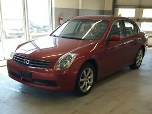 2005 Infiniti G35 Sedan AWD      RARE LOW KM !!!!