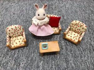 Meubles de salon fleuris Calico critters avec lapin
