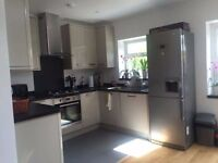 Double room for rent close to Wilmbledon