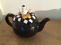 French Picnic / Breakfast Teapot