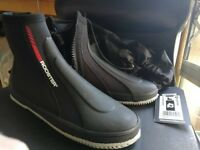 Rooster All Purpose Boot SIZE 9 ***NOT WORN*** ***COLLECTION ONLY**