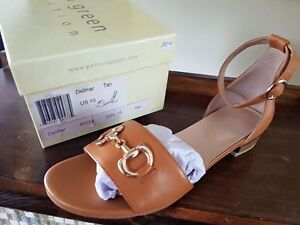 NIB Patricia Green designer leather sandals size 10