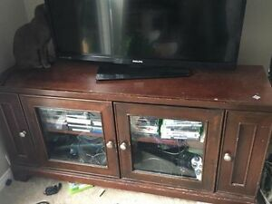 Large Glass Entertainment Unit/TV Stand