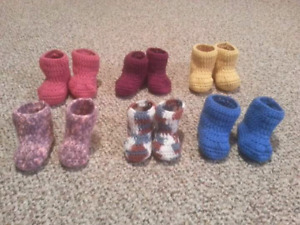 Baby booties size 6-9 months $5 a pair