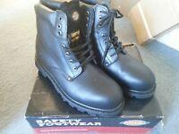 Dickies Steeltoe work boots protective
