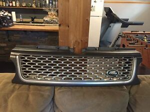 Range Rover Sport Autobiography OEM Grill. Used - 2010-2013