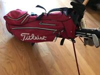 Titleist Golf Bag, Worth £170 Only £100