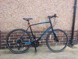 Specialized Sirrus Comp DISC City 700c - Hybrid Sports Bike ( LIKE BRAND NEW)