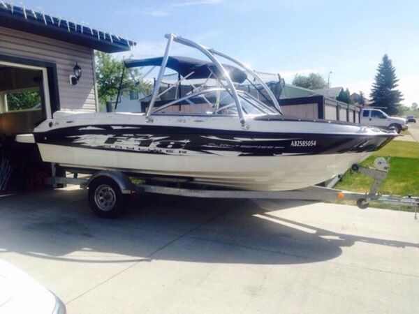 Used 2010 Bayliner 185 Flight Series