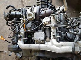 AUDI 2.5 TDI ENGINE COMPLETE,AUTO GEARBOX,GOOD RUNNER,WILL BREAK