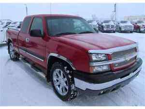 PRICE REDUCED! Chevrolet silverado 1500 2003 pick up for sale!!!