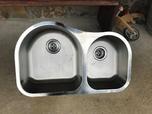 Under mount stainless steel double sink