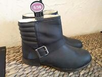 Size 5 brand new black boots