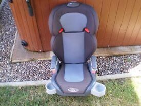 Graco Junior Maxi Group 2-3 Car Seat with Cup Holders