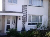 INCOMMUNITIES HOUSESWAP OFFERED 3 BEDROOM MAISONETTE WITH DRIVE GARAGE FRONT +BACK GARDEN AND PATIO