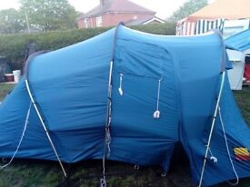 Like new very solid strong tent