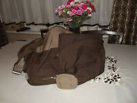 Stokke Changing bag in brown with extras.