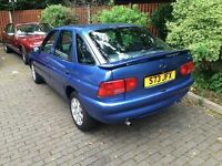 Ford Escort in blue (1998) ONLY 37000 Miles