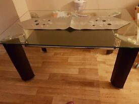 Dining table for 6 £99
