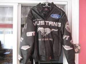 MUSTANG LEATHER JACKET