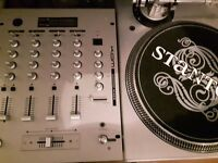 2x Stanton STR8-100 turntable Decks 1x Kam KC350 4 channel mixer Silver and good working order