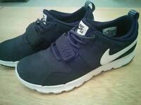 Nike Trainers, worn twice, size 10 VGC