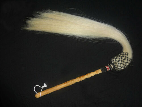 Buddhist Taoist Horse Tail Fly Whisk Wooden Handle White Horsetail Whisk TV prop