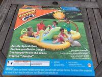 Brand new paddling pool