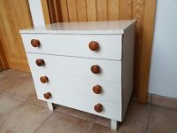 Small cabinet or dresser