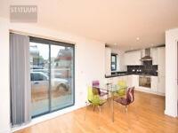 Stunning Modern 2 bed, 1 bath Apartment - Canning Town, Plaistow, E13