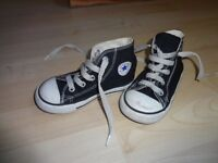 Converse Boots size 7