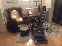 Yamaha Stage Custom Drumkit (including Hardware)
