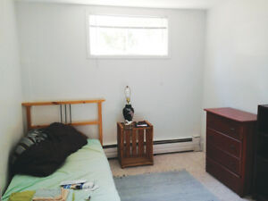 Room for Rent Available in a Quiet 2 Bedroom