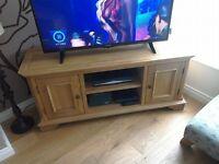 Brand New Solid Oak TV Unit