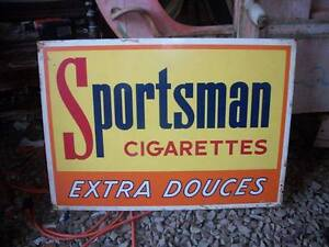 LOVELY SPORTSMAN TIN ADVERTISING TOBACCO SIGN