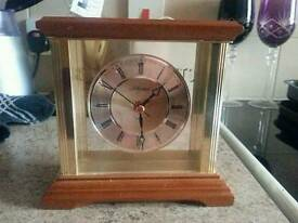 SFS: Clock Solid wood mantle style
