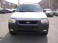 2004 Ford Escape XLT MODEL,VERY CLEAN,V6