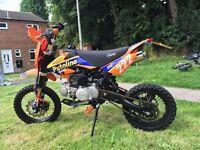 2015 Road Legal Super Stomp Pit Bike '65 plate 120cc 125