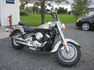 2001 Yamaha V-Star Classic 650 Low Rider - Mint Condition