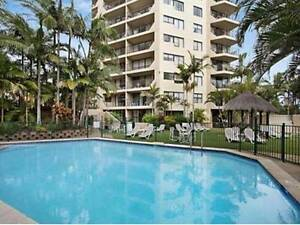 2 Bedroom Apartment for up to 5 weeks close to beach Burleigh Heads Gold Coast South Preview