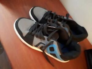 Men's Running Shoes - Blue and Black