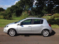 Renault clio 2010 TOM TOM, 5dr, good condition, Full service history, 5 month MOT