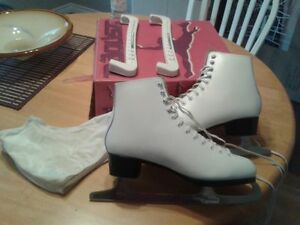women s daoust skate for sale