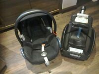 Maxi cosi carbriofix car seat plus isofix base, excellent condition, smoke free, pet free owners.